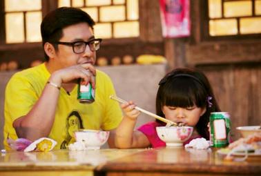 """【微育儿】""""吃货""""养成记—星妈教你让孩子乖乖吃饭"""